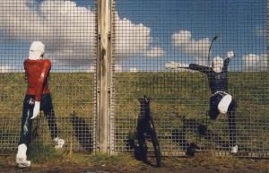 """Gemeinsam Grenzen überwinden - """"Grenzgaenger""""-Elisabeth Richnow 2000 ©Copyright Heinz Wernicke"""