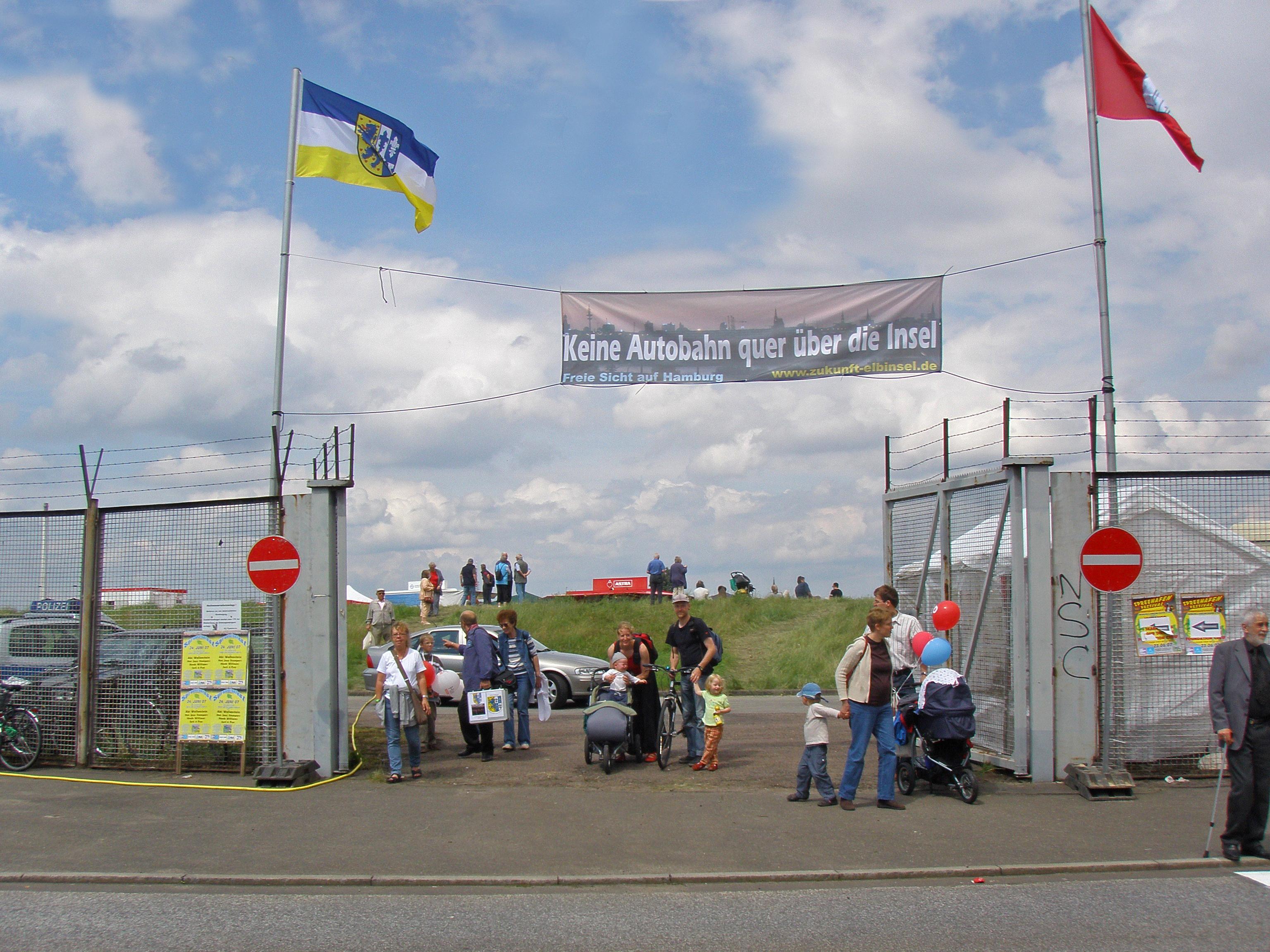 Spreehafenfest - das Tor geht auf