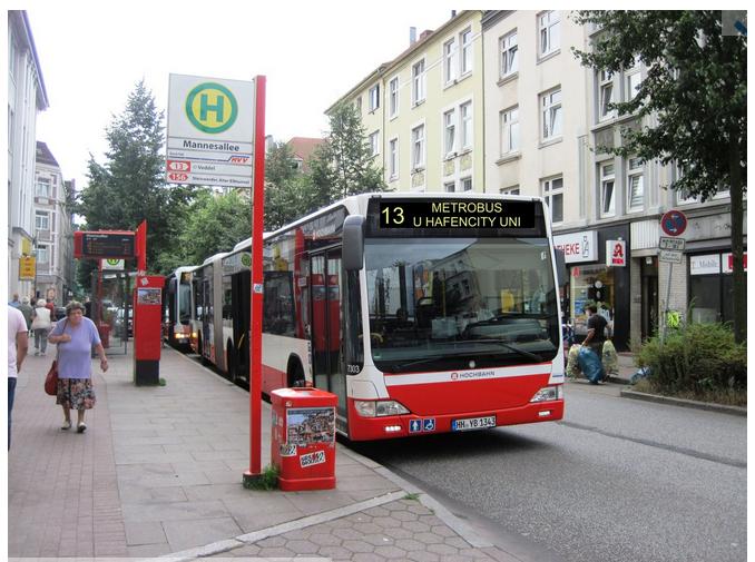 Metrobus 13 zur U-Bahn Hafencity!