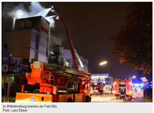 Lars Ebner´s Foto vom Brand bei den NOW veröffentlicht in der MOPO vom 20.11.2014