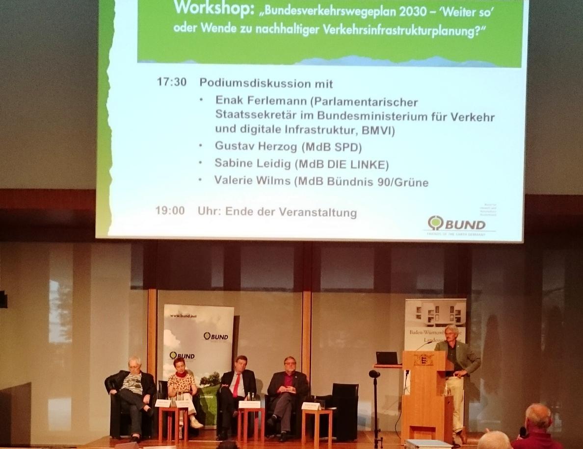 16-09-26-Podiumsdiskussion-mit-Staatssekretär_Ferlemann